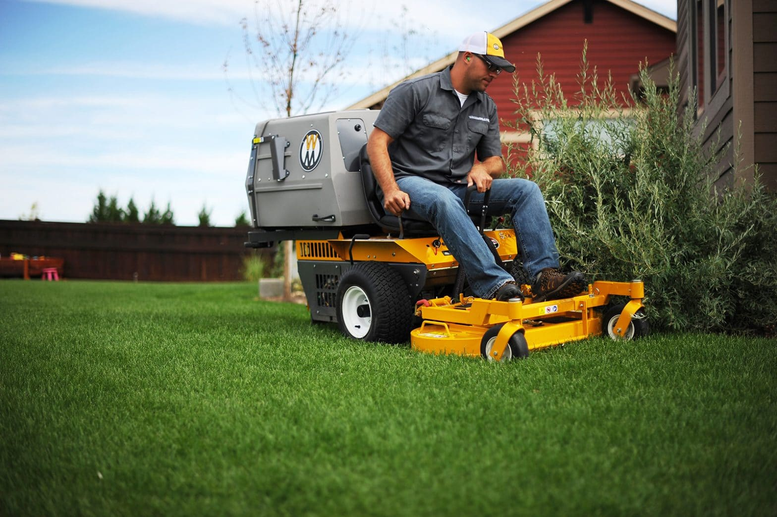 Commercial Turf Equipment Uses CPI Switches