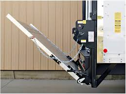 Liftgate Engineering for Work Trucks